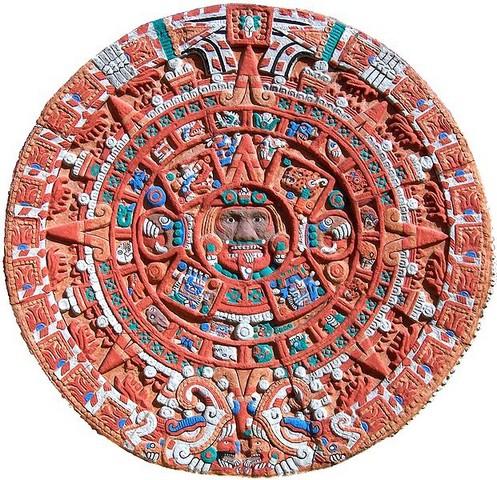 621px-aztec_sun_stone_replica_cropped1